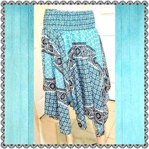 {Magic} handkerchief dress, turquoise print, sz M